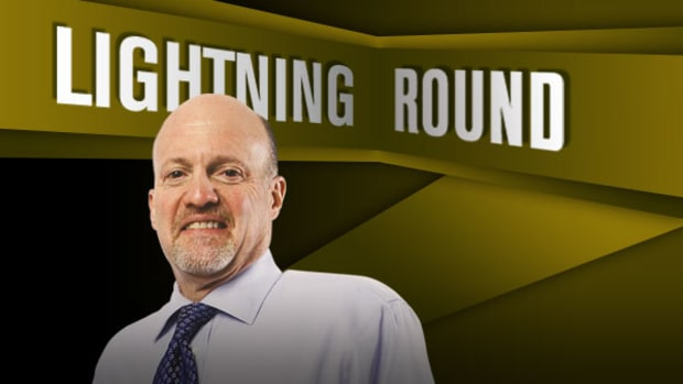 'Mad Money' Lightning Round: Pick Up Some AT&T
