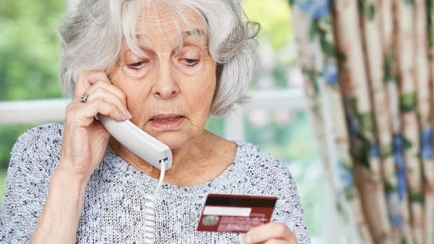 Here's How the Elderly Can Avoid Harmful Financial Scams