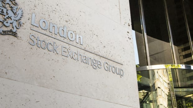 European Benchmarks Mixed as Financial Stocks Turn Red