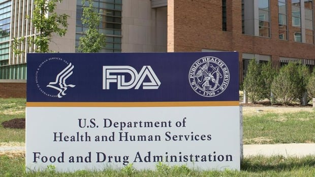 Faster FDA Approvals of New Drugs Would Lead to Lower Prices, Says Premier CEO