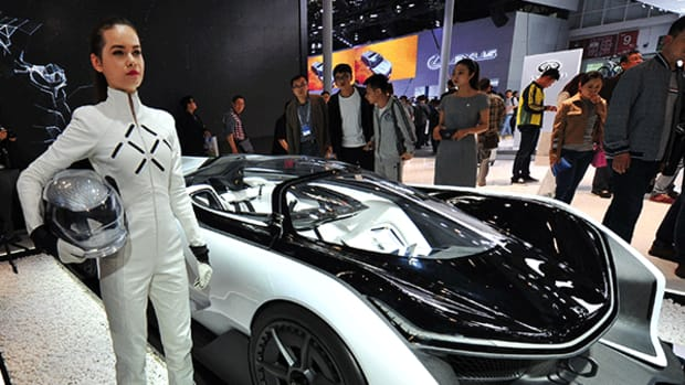 Smart, Driverless Cars to Be Big Stars of 2017 Consumer Electronics Show