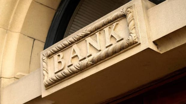 The Four Best Bank Stocks to Own in 2016