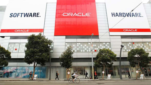 Shares of Oracle Sliding Thursday on Cloud Accounting Lawsuit