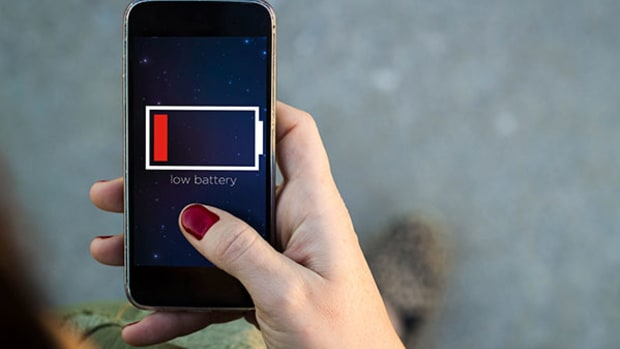 5 Technological Remedies if You Suffer From Smartphone 'Low Battery Anxiety'