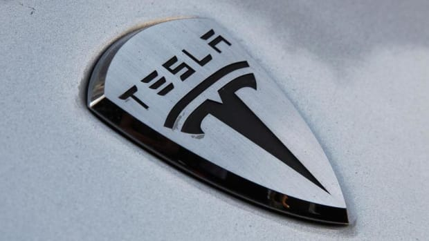 Jim Cramer: SolarCity Deal a Drag on Tesla