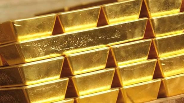 Gold Sees Sharp Gains, Hits 5-Week High and Breaks 50-Day Moving Average
