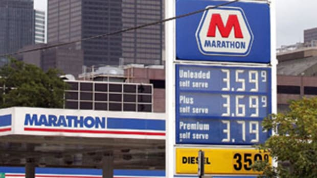 Marathon Petroleum CEO Sees Stronger Summer Driving Season Demand
