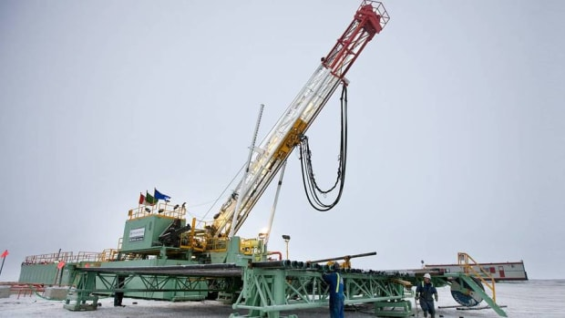 Avoid Canadian Oil Stocks Like Encana and Suncor, Says Dan Dicker
