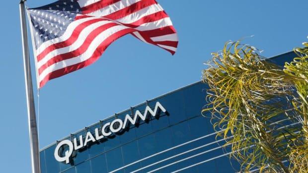 Video: Jim Cramer on Reports Broadcom May Delay Its Qualcomm Bid