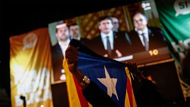 Spanish Stocks Rebound, Bond Yields Ease Despite Catalan President's Defiance