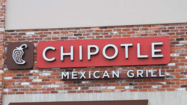 Will Chipotle Be Able to Wall Off Its Problems When It Reports Earnings?
