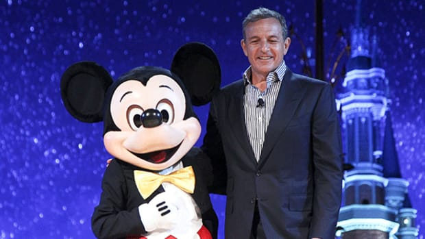 Disney Shares Fall After Hours on Revenue Miss