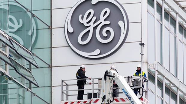 Jim Cramer -- GE Needs to Restructure and Reduce Its Costs