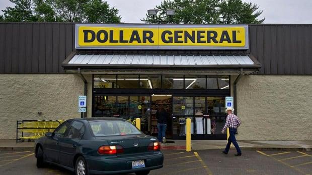 Jim Cramer on Dollar General: I Don't Like Retail
