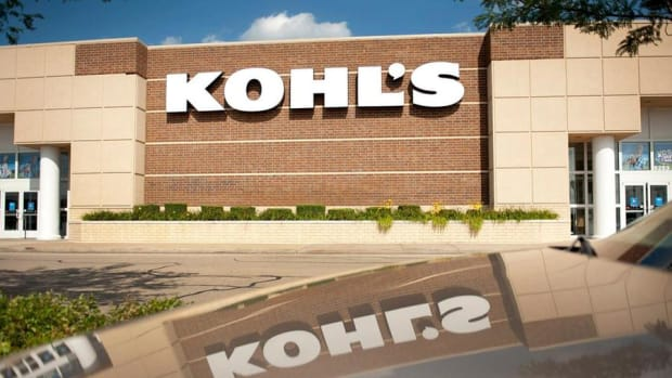 Jim Cramer: Buy Kohl's Off of Macy's Weakness