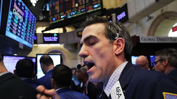 Stocks Fall in Broad Pullback From Recent Records