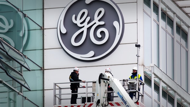 General Electric's Stock Is Finally Close to Bottoming Out: Jim Cramer