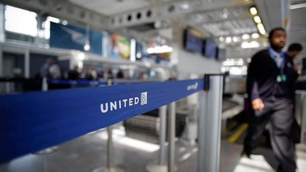 Turbulence Ahead: United Air Faces Possible FAA Safety Fine