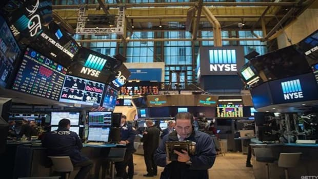 Stocks Lower As Investors' Digest Trump's Political Movements, Energy Declines