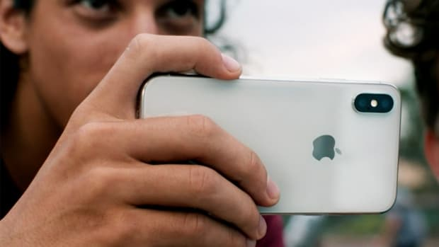 Apple iPhone X Faces Another Production Problem