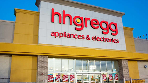 Video: Bankrupt HHGregg Seems Pumped Up About Going Out of Business, Judging by this New Commercial