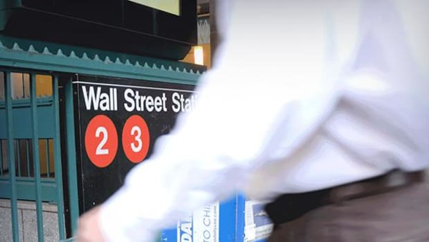 Stocks Extend Gains, on Track to Close at Records for Third Day in Row