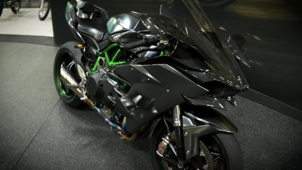 Video: Kawasaki's $55,000 Ninja H2R Is the Baddest, Meanest Motorcycle