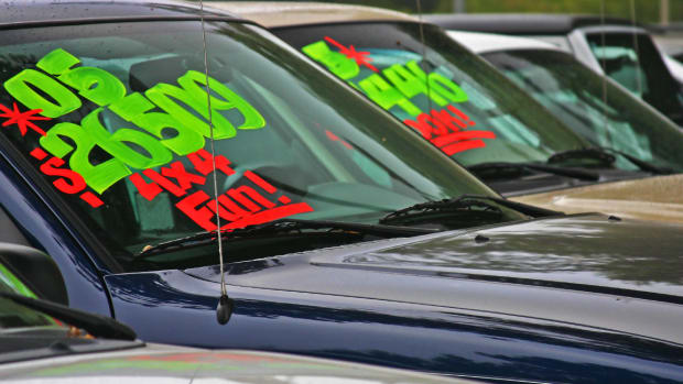 Why You Should Buy a Used Car on Christmas Eve