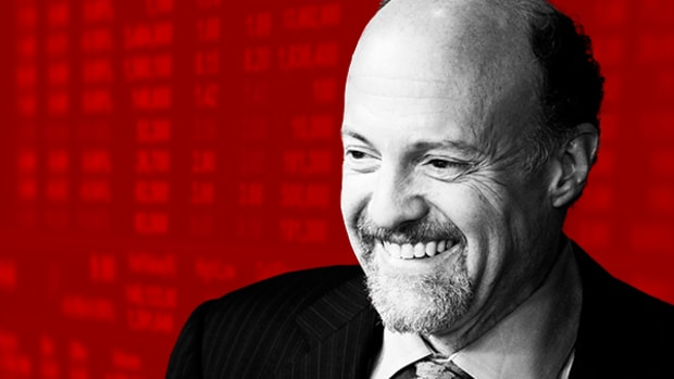 Handling Your Finances at Any Age: Cramer's 'Mad Money' Recap (Friday 8/11/17)