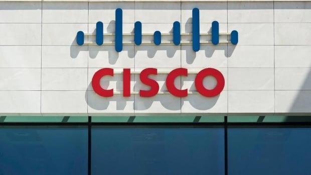 Jim Cramer on Cisco, Walmart, Amazon, Alibaba, Micron, Foot Locker, Estee Lauder and Deere