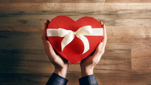 Last-Minute Valentine's Day Gifts Worth Avoiding