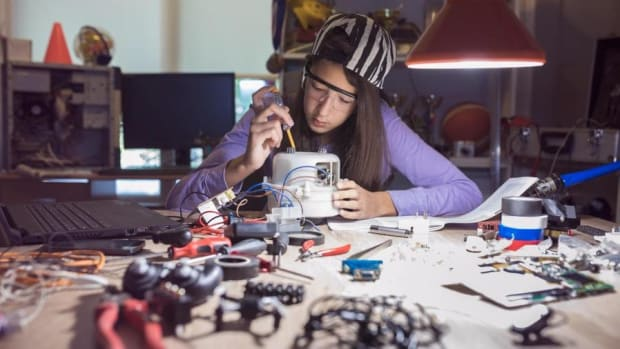More Girls Need to Be in Tech and Engineering, says VZ Wireless CNO