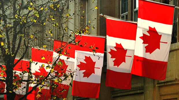 For Safe Banking Profits, Look to the Maple Leaf Flag
