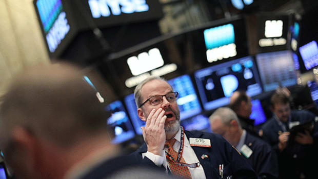 Stocks Mostly Lower as Trump Targets Pharma Industry