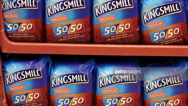 Primark Owner Associated British Foods Cautions on Margins After Sterling Decline