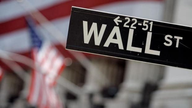 Wall Street Begins the Day at Record Highs, Jobs Report Due