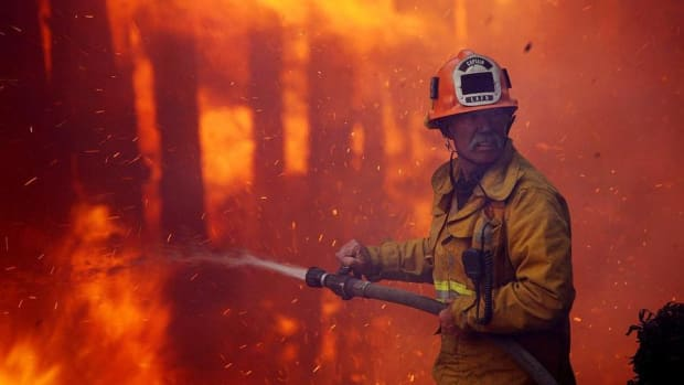 California Fires Turn Tragic, P&G Proxy Vote, Tuesday's Top Stories