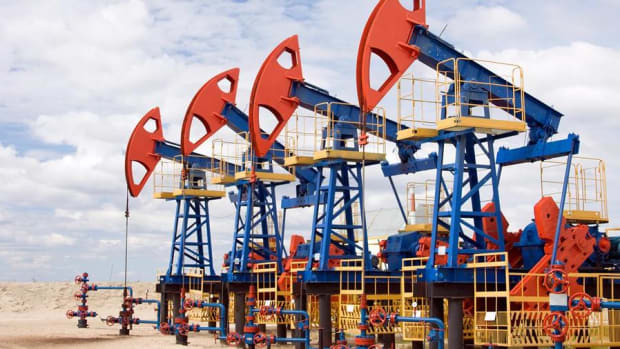 Oil Prices on Edge After White House Puts Iran 'On Notice'