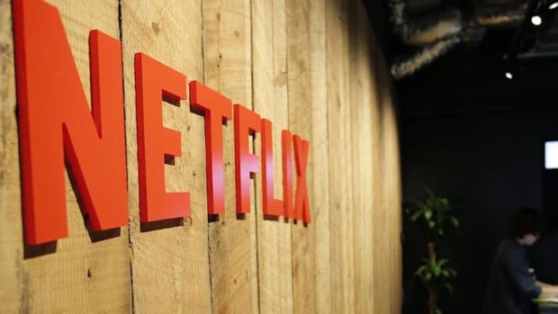 Closing Bell: Netflix Boosts Tech Names; Trump Gives Broad Tax Brushstrokes