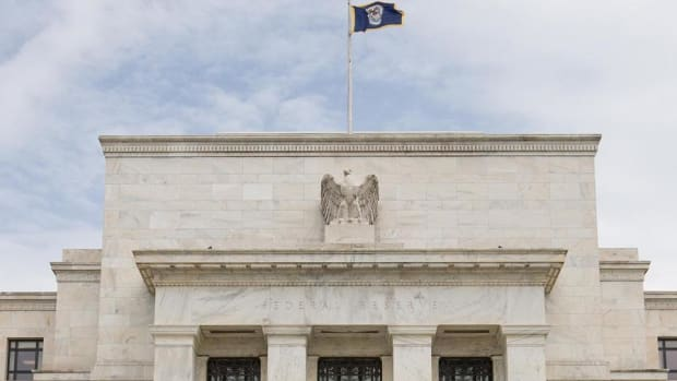 The House Budget, S&P 500, Federal Reserve: Thursday's Top Stories