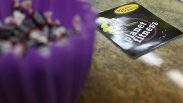 Planet Fitness Stock Lowers After Secondary Offering