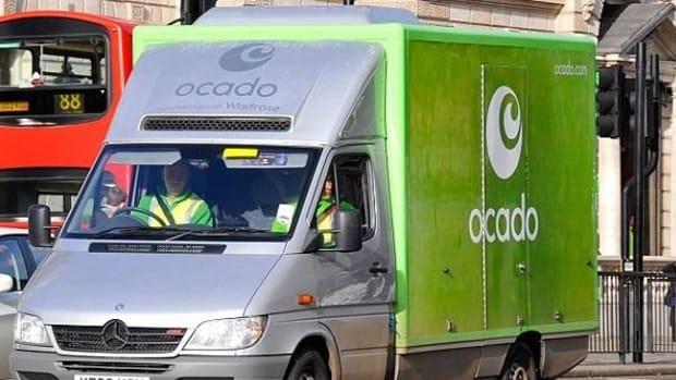 Ocado Posts First Half Profit Slump, But Sees Food Price Deflation Pressures Easing