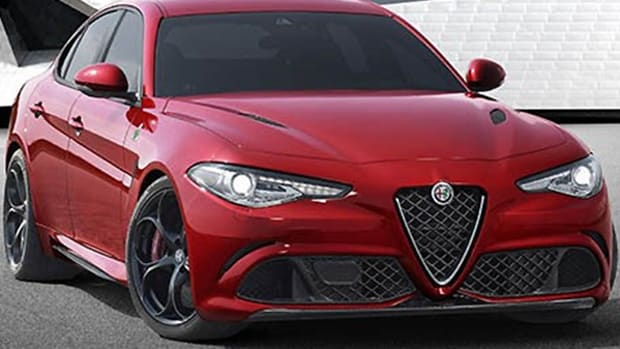 Was the Long Wait for Alfa Romeo Giulia Worth It? Yes, if Looks Mean a Lot to You