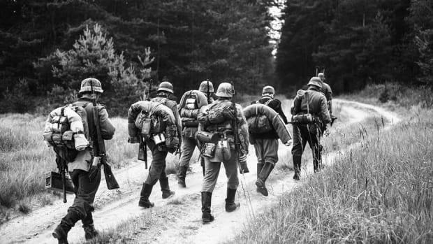 10 Surprisingly Worthless Pieces of Military Memorabilia