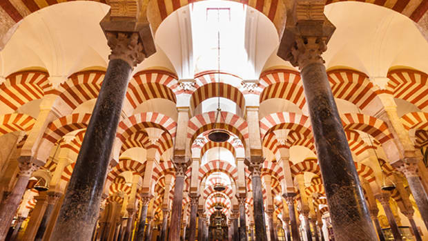 Indulge in a Contemporary Take on Medieval Islamic Cuisine in Cordoba