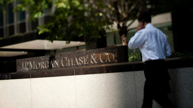 JPMorgan Chase Beats, Trump's Tax Reform, Thursday's Top Stories