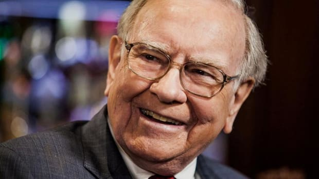 Here's Why Warren Buffett Loves These 4 Small-Cap Stocks