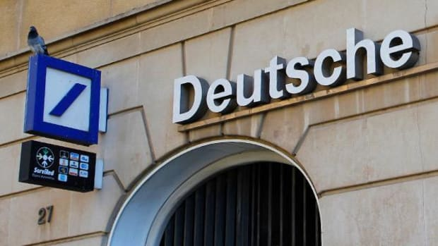 Deutsche Bank's Largest Stakeholders Back Capital Raising Plan