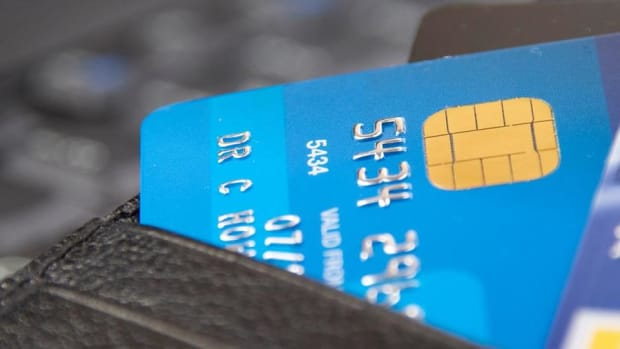 Happy Cyber Monday! Here's How to Protect Your Credit Card From Hackers