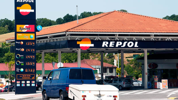 Spain's Repsol and Russia's Gazprom Establish Joint Venture